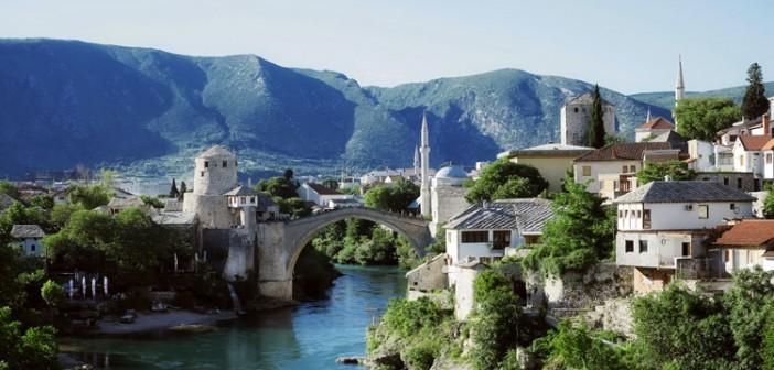 Bosna'da Minareler Makamlı Ezanlarla Şenlenecek
