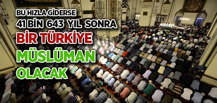 Türkiye'de Her Gün Beş Kişi Müslüman Oluyor