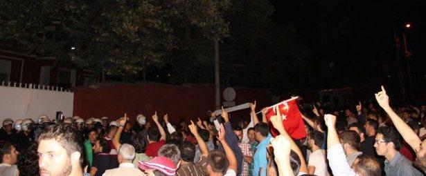 istanbulda_buyuk_protesto_1405648659_5572