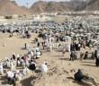 Uhud Savaşı'nın Yapıldığı Yerde Şehitlere Dua