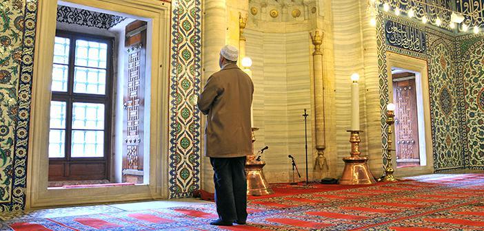 https://www.islamveihsan.com/wp-content/uploads/2020/02/kul-hakki-namazi-var-midir-171495.jpg