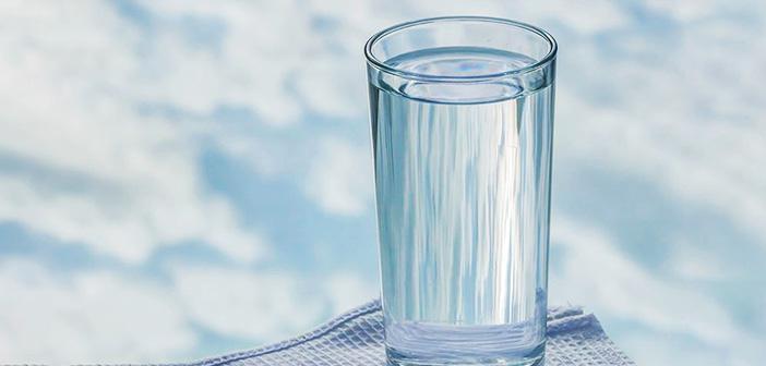 Az Su İçmek ve Susuzluk Böbrek Taşı Yapar mı?