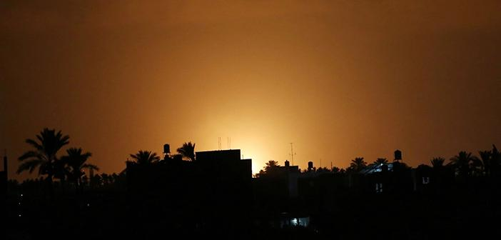 İsrail Gazze'de Sivilleri Vuruyor