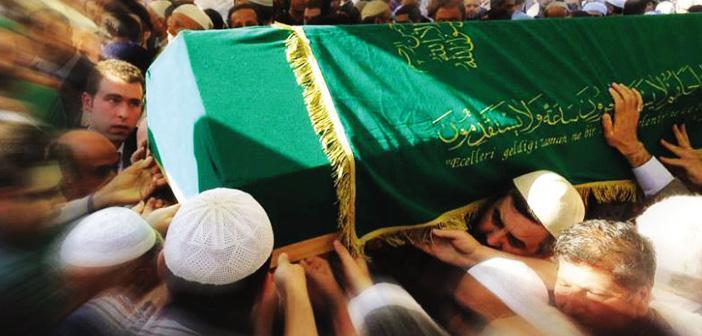 Cenazenin Taşınması ve Defni