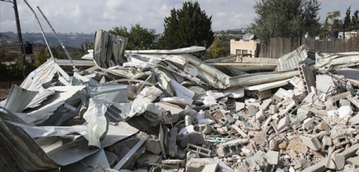 İşgalciler, Kudüs'te Filistinli Ailelerin Evlerini Yıktırdı