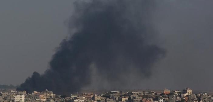 Zalim İsrail Çocuk Hastenesini Vurdu