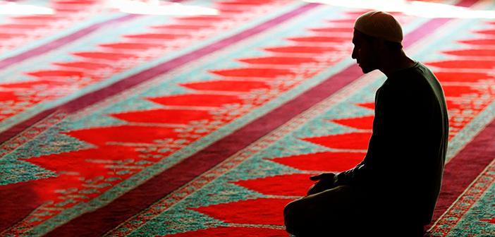 Allah ve Din Hakkında Küfürlü Vesvese Gelirse Ne Yapmalıyız?