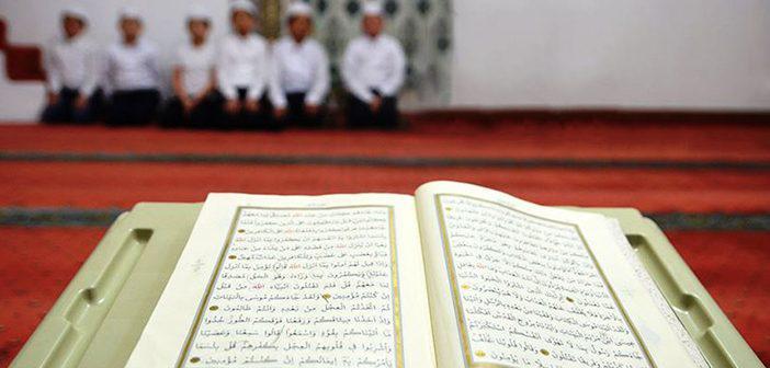 https://www.islamveihsan.com/wp-content/uploads/2021/03/al-i-imran-suresi-142-ayet-meali-arapca-yazilisi-anlami-ve-tefsiri.jpg