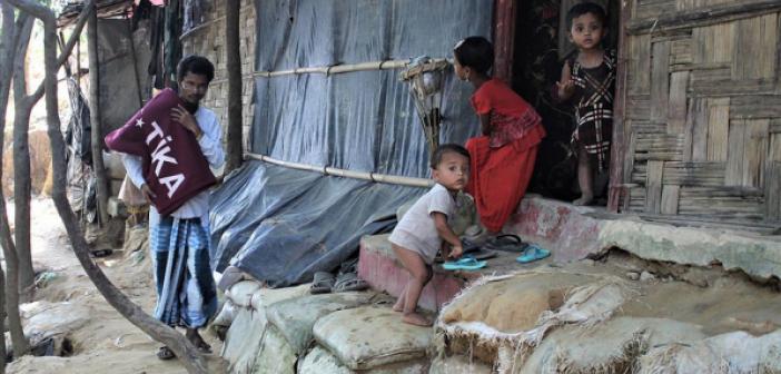 Bangladeş Cox Bazar'daki 20 Bin Arakanlı Mülteciye Sıcak Yemek Dağıtılacak