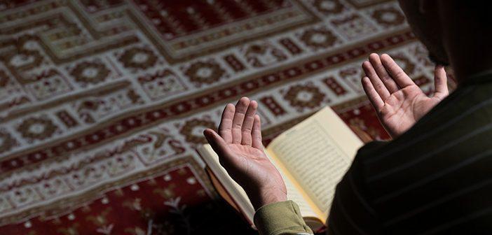 İsrâ Suresi 99. Ayet Meali, Arapça Yazılışı, Anlamı ve Tefsiri