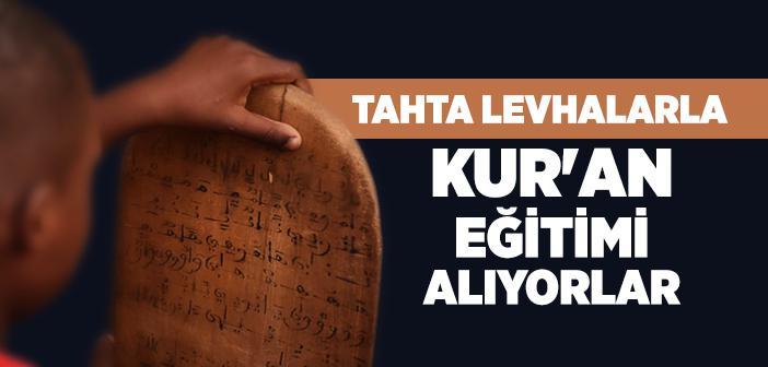 Moritanya'da Kur'an Eğitimi Tahta Levhalarla Veriliyor