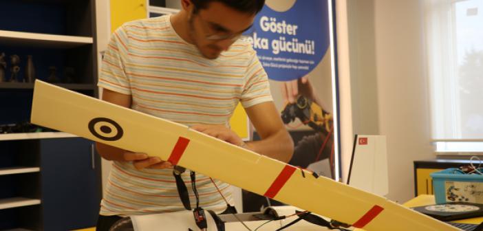 Afetler İçin Yapay Zekayla Donattıkları Model Uçak Geliştirdiler