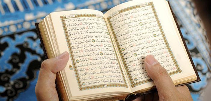 https://www.islamveihsan.com/wp-content/uploads/2021/09/hakka-suresi-17-ayet-meali-arapca-yazilisi-anlami-ve-tefsiri.jpg