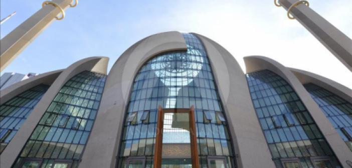 Almanya'nın Köln Şehrinde Cuma Günleri Ezan Okunmasına İzin Verilecek