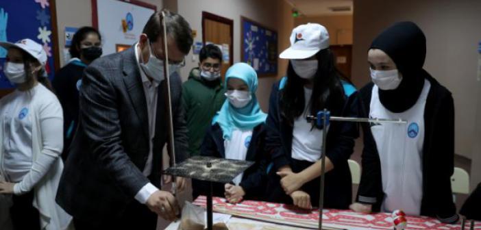 İmam Hatip Ortaokulunda 'Bilim Fuarı' Açıldı